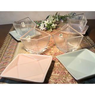 トウヨウササキガラス(東洋佐々木ガラス)の佐々木クリスタル硝子 変形小鉢 スクエアプレート(食器)