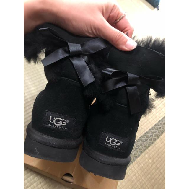 UGG(アグ)のUGG ミニベイリーボウ ブラック 7 レディースの靴/シューズ(ブーツ)の商品写真