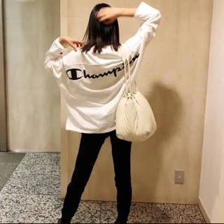 FRAY I.D - FRAY I.D × Champion バックプリントロングTシャツ