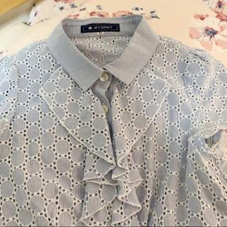 エムズグレイシー(M'S GRACY)のエムズグレイシー シャツ フリル 38(シャツ/ブラウス(半袖/袖なし))