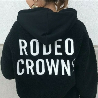 RODEO CROWNS WIDE BOWL - 新品  限定ボアパーカー
