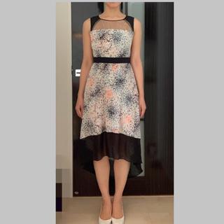 ビーシービージーマックスアズリア(BCBGMAXAZRIA)のbcbgmaxazria シフォンプリーツ ドレス(ひざ丈ワンピース)