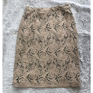 トゥモローランド(TOMORROWLAND)のウィムガゼット ベージュ レーススカート(ひざ丈スカート)