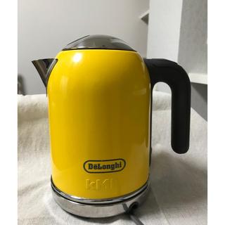 デロンギ(DeLonghi)の【kenbee様専用used品】delonghi電気ケトル(yellow)(電気ケトル)