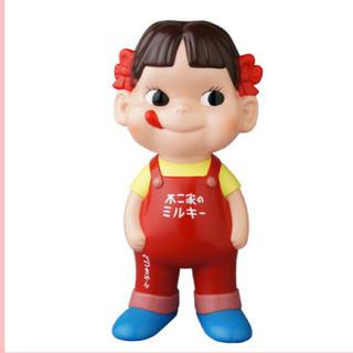 MEDICOM TOY - 【新品】不二家ソフビコレクション ペコちゃん オーバーオール