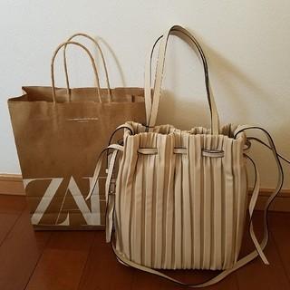 ZARA - ZARA ザラ 新品未使用 大きめ プリーツバッグ 巾着