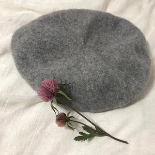 ジーユー(GU)のベレー帽 グレー GU(ハンチング/ベレー帽)