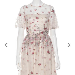 Lily Brown - リリーブラウン ワンピース フラワー刺繍ワンピース  ホワイト
