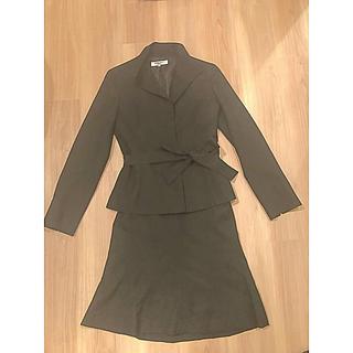 ナチュラルビューティーベーシック(NATURAL BEAUTY BASIC)のブラック セットアップ スカート ジャケット Mサイズ(スーツ)