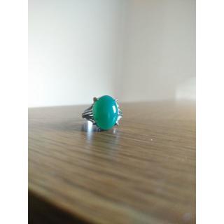 昭和レトロ  緑石  リング(リング(指輪))