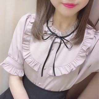 evelyn - ❤︎半袖UフリルリボンTP❤︎