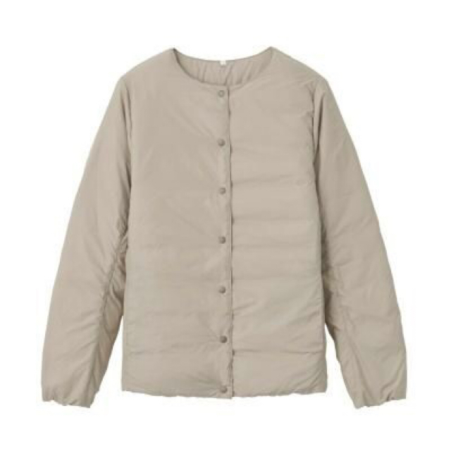 MUJI (無印良品)(ムジルシリョウヒン)の新品   無印良品  軽量オーストラリアダウンポケッタブルノーカラーブルゾン  レディースのジャケット/アウター(ダウンジャケット)の商品写真