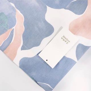 ザラホーム(ZARA HOME)の新品 ZARA HOME ザラホーム フローラル プリント テーブルクロス(テーブル用品)