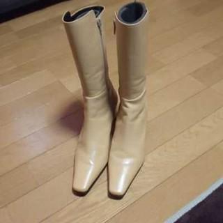 ニジュウサンク(23区)の23区ショートブーツ(ブーツ)