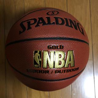スポルディング(SPALDING)のスポルディング バスケットボール 7号 74-559Z(バスケットボール)