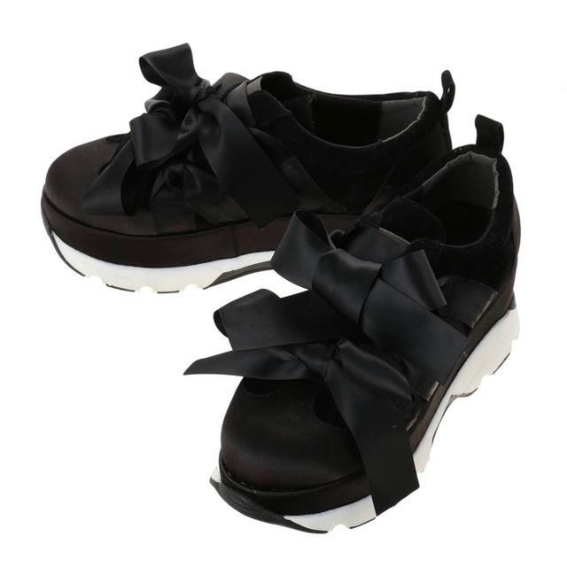merry jenny(メリージェニー)のmerry jenny リボンスニーカー レディースの靴/シューズ(スニーカー)の商品写真