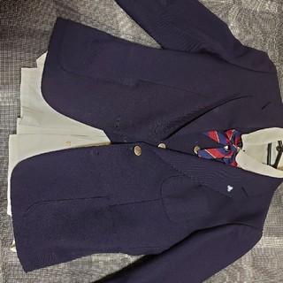 卒業して使わなくなってしまった制服です。
