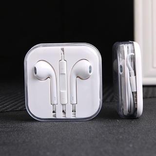アイフォーン(iPhone)のイヤホン イヤフォン iPhone アイフォン (ヘッドフォン/イヤフォン)