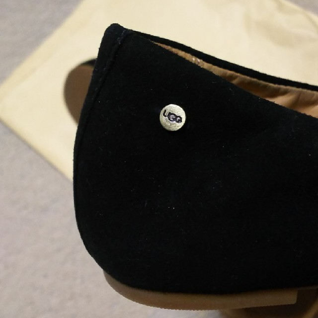 UGG(アグ)のUGG テア ラッフル 23.5センチ レディースの靴/シューズ(スリッポン/モカシン)の商品写真