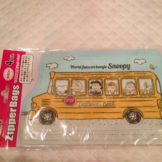 SNOOPY - 新品! SNOOPY ジッパーバッグ