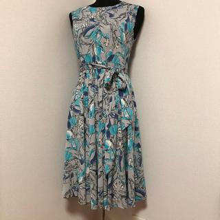 armoire caprice - 美品♪2019アーモワールカプリスBLUSH着やせワンピース 花柄ブルー