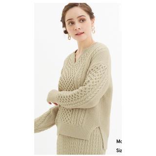 GU - 今期 GU ジーユー ケーブルキーネックセーター