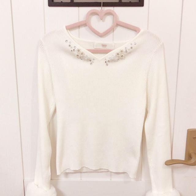 tocco(トッコ)の袖ファーニット レディースのトップス(ニット/セーター)の商品写真