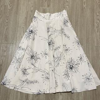 N.Natural beauty basic - 【汚れ等無し】ビッグフラワーフレアスカート