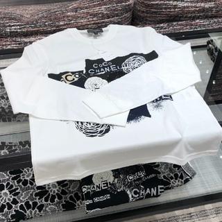 シャネル(CHANEL)の新品/CHANEL/シャネル 2020SSプレコレクション ロンT 白 XS(Tシャツ(長袖/七分))