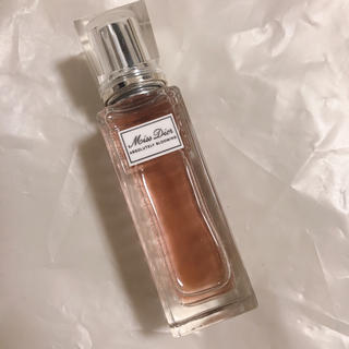 Dior - ミス ディオール アブソリュートリー ブルーミング ローラー パール  20ml