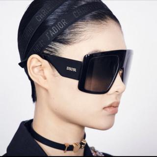 クリスチャンディオール(Christian Dior)のDIOR#正規ヘアバンド#新品未使用#ベージュ(ヘアバンド)