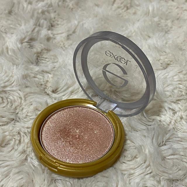 RIMMEL(リンメル)のexcle エクセル シャイニーシャドウ コスメ/美容のベースメイク/化粧品(アイシャドウ)の商品写真