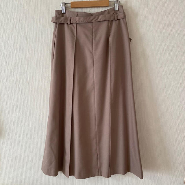 BEAMS(ビームス)のBEAMS HEART❤️サイドタックスカート レディースのスカート(ロングスカート)の商品写真