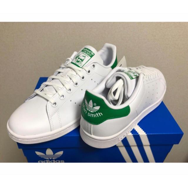 adidas(アディダス)のAdidas Stan Smith Green  スタンスミス 緑 選べるサイズ レディースの靴/シューズ(スニーカー)の商品写真