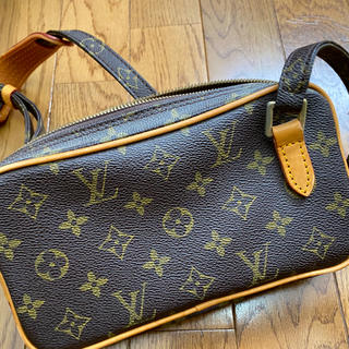 LOUIS VUITTON - 2/18まで限定定価★ルイヴィトンショルダーバッグ