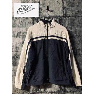 【人気 】NIKE ナイキ ナイロンジャケット マウンテンジャケット ブラック黒