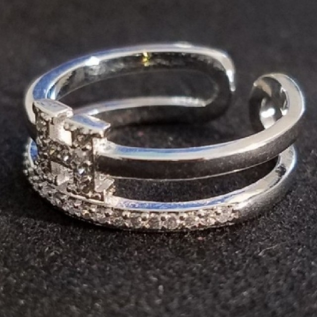 H モチーフ 指輪 レディースのアクセサリー(リング(指輪))の商品写真