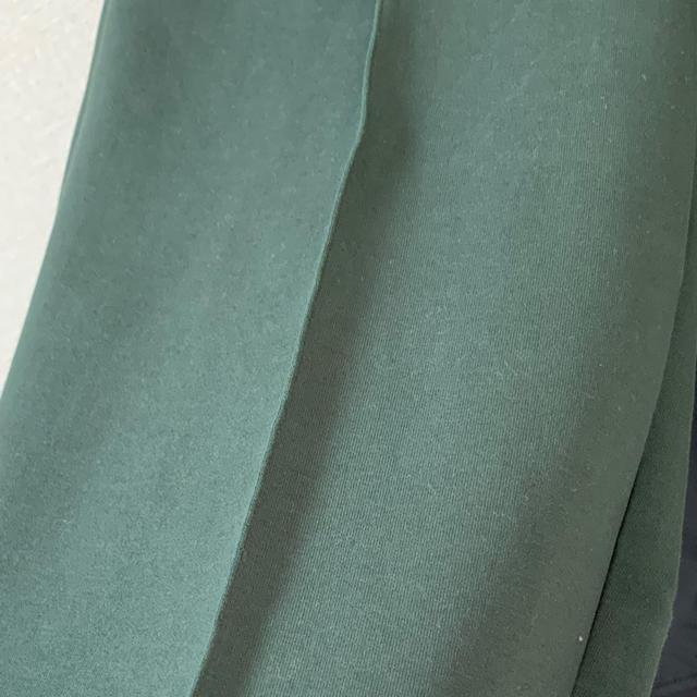 Ameri VINTAGE(アメリヴィンテージ)のameri   vintage egg pants グリーン レディースのパンツ(カジュアルパンツ)の商品写真