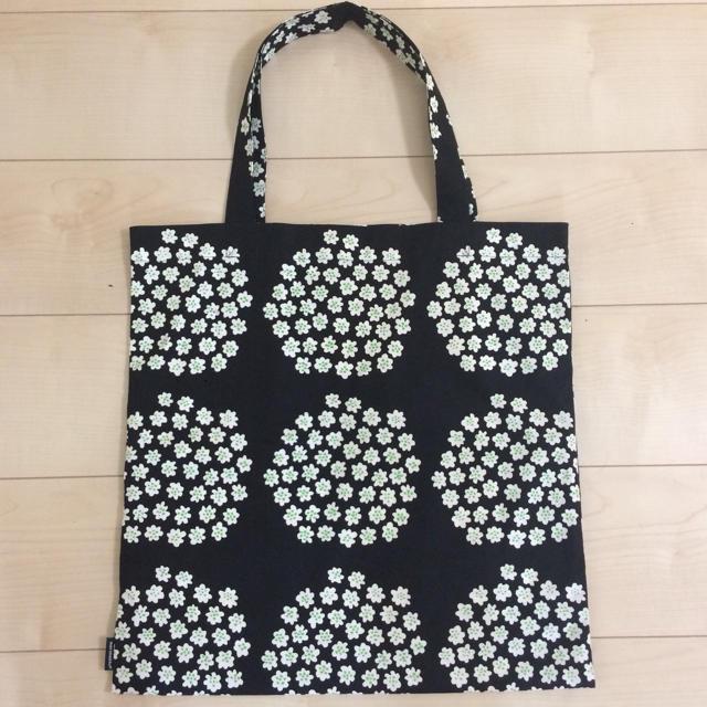 marimekko(マリメッコ)のマリメッコ プケッティ  エコバッグ 黒 レディースのバッグ(トートバッグ)の商品写真