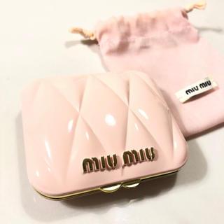 ミュウミュウ(miumiu)の新品 ♡ MIUMIU コンパクト 折りたたみ ミラー(ミラー)