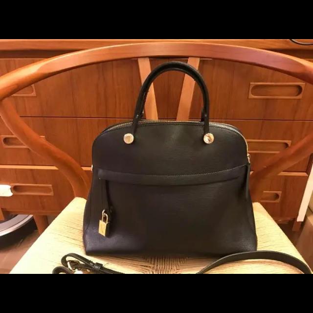 Furla(フルラ)の【一度使用】フルラ  ハンドバック 黒 レディースのバッグ(ハンドバッグ)の商品写真
