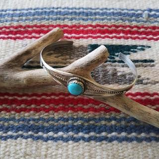 Indian - インディアンジュエリー ナバホ族 ターコイズ シルバーバングル ブレスレット
