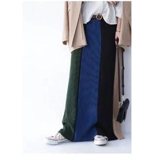 antiqua - アンティカ タック編みニットスカート