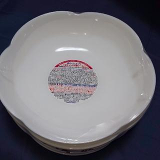 ヤマザキセイパン(山崎製パン)の山崎パンまつり  白皿  新品  6枚セット(食器)