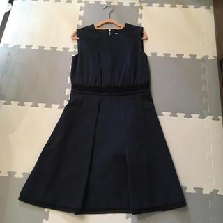 アベニールエトワール(Aveniretoile)のネイビー×グログランリボン ワンピース  ドレス 超美品 タグ付(ひざ丈ワンピース)