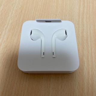 アイフォーン(iPhone)のiPhone 11 イヤホン(ヘッドフォン/イヤフォン)