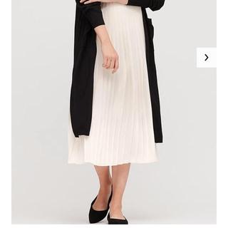 ユニクロ(UNIQLO)の新品 ユニクロ シフォンプリーツロングスカート オフホワイト(ロングスカート)