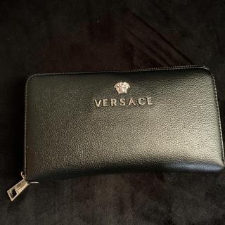 ジャンニヴェルサーチ(Gianni Versace)のVersace ヴェルサーチ 長財布(長財布)