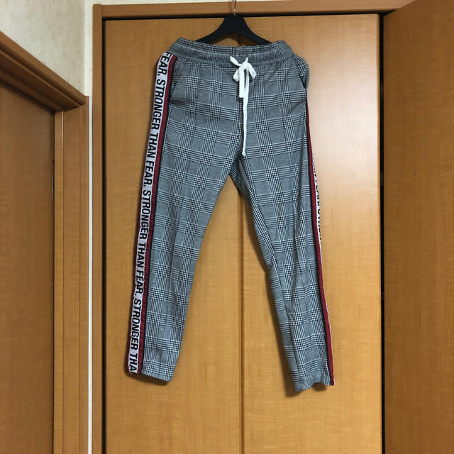 ZARA(ザラ)のZARA チェックトラックパンツ メンズのパンツ(その他)の商品写真