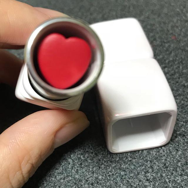 GUERLAIN(ゲラン)のゲラン キスキス 572 コスメ/美容のベースメイク/化粧品(口紅)の商品写真